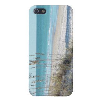 Avena serena del mar de la playa y agua azul iPhone 5 cárcasa