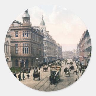 Avenida real Belfast Co. Antrim, Irlanda 1890 Pegatina Redonda