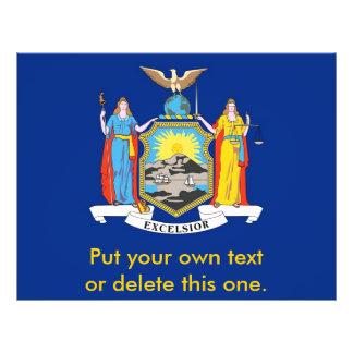 """Aviador con la bandera de Nueva York, los E.E.U.U. Folleto 8.5"""" X 11"""""""