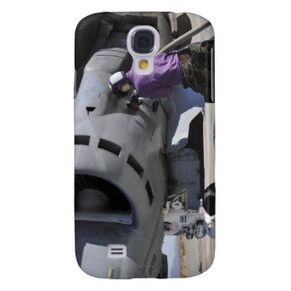 Aviation fuel technician attaches a fuel line galaxy s4 cases