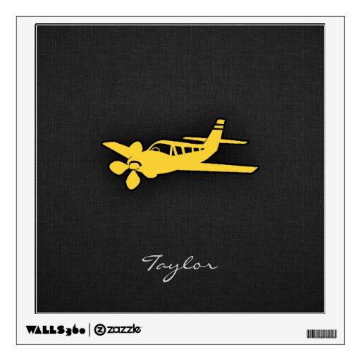 Avión ambarino amarillo