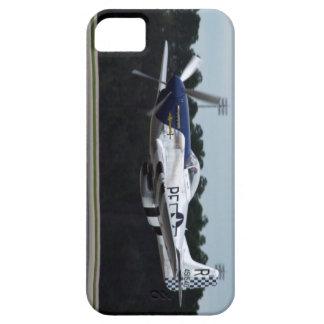 Avión de combate de paso bajo del americano WW2 iPhone 5 Fundas