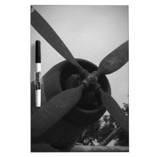 Avión de combate del vintage pizarras blancas
