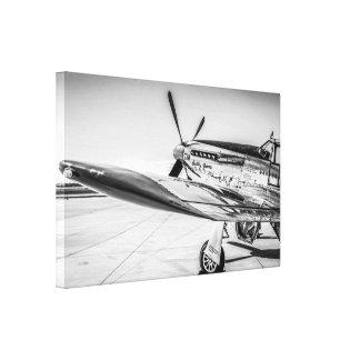 Avión de combate norteamericano del mustango P51 d Impresiones De Lienzo