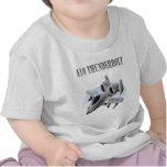 Avión de la plata del rayo A10 Camiseta