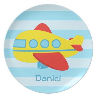 Avión lindo y colorido del pasajero platos para fiestas