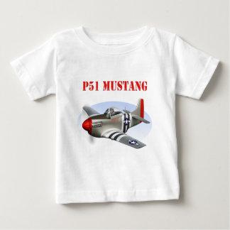 Avión Plata-Rojo del mustango P51 T-shirt