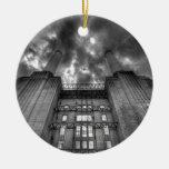 Avión sobre la central eléctrica de Battersea, Ornamentos De Reyes Magos