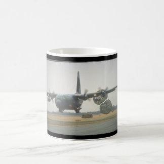 Aviones cargo_Military de C-130 Hércules LAPES Taza De Café