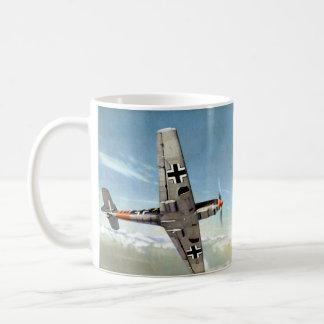 Aviones de WWII ME-109 en vuelo Taza