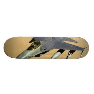 Aviones del bloque 40 del halcón que luchan F-16 Tablas De Skate
