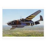 Aviones del vintage de B-25 Mitchell Tarjeta Postal