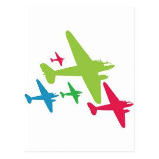 Aviones retros del vintage en la formación postales