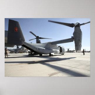 Aviones tiltrotor 2 de V-22 Osprey Poster
