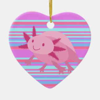 Axolotl rosado lindo del albino adorno de cerámica en forma de corazón