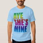 Aye ella es camiseta divertida de la mina GLBT Playera