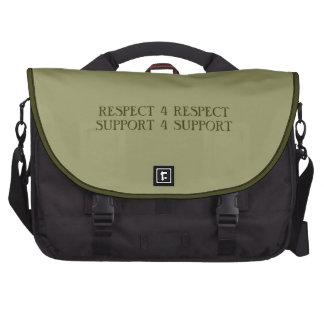 Ayuda de la ayuda 4 del respecto del respecto 4 bolsas de portátil