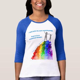 Ayuda del autismo que sube las nuevas alturas camiseta