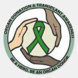 Ayuda del trasplante pegatinas redondas