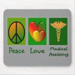 Ayuda médica del amor de la paz alfombrillas de ratones