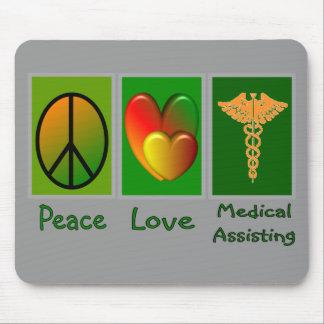 Ayuda médica del amor de la paz tapetes de raton