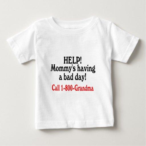 Ayuda Mommys que tiene la mala abuela de la Tshirts