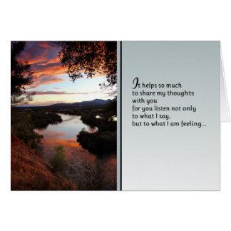 Ayuda tanto… a amor y a amistad tarjeta de felicitación