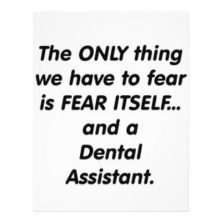 Ayudante de dentista del miedo tarjeta publicitaria