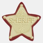 Ayudante del sheriff con su pegatina de la insigni