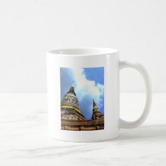 Ayutthaya. Wat Yai Chai Mongkol. Coffee Mugs