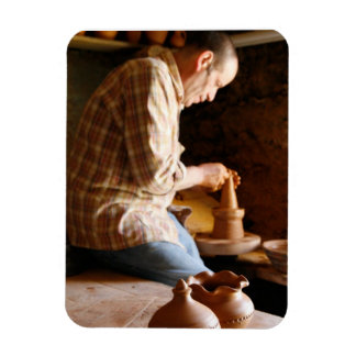 Azorean potter at work magnet