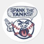 Azote el béisbol indignante de los tirones etiquetas redondas