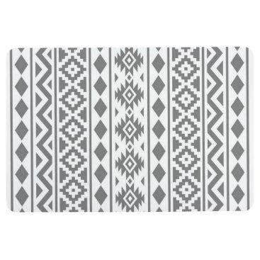 Aztec Themed Aztec Essence Pattern III Grey on White Floor Mat