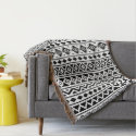 Aztec Essence Vertical Ptn II Black on White Throw