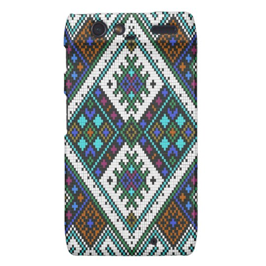 Aztec Pixel Pattern. A Must have trend. Droid RAZR Cover