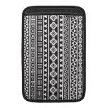 Aztec Style Ptn (v) - Monochrome Sleeve For MacBook Air