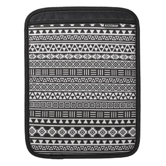 Aztec Style Repeat Pattern - Monochrome Sleeve For iPads