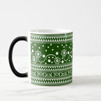 Aztec Zipper Tangle in Green Magic Mug