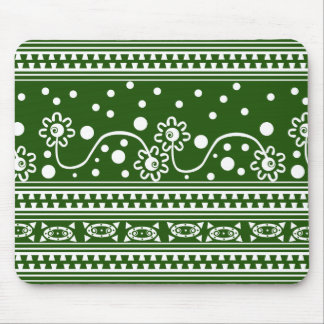 Aztec Zipper Tangle in Green Mouse Pad