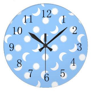 Azul a precio bajo de la luna de Sun del cuarto de Reloj Redondo Grande