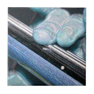 azul bajo de la chispa de dos dedos
