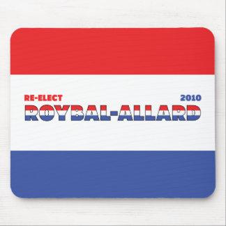 Azul blanco rojo de las elecciones de Roybal-Allar Tapete De Ratones