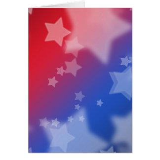 Azul blanco rojo de las estrellas patrióticas de l tarjeta de felicitación