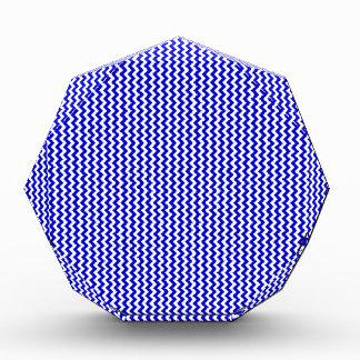 Azul blanco y medio del zigzag -