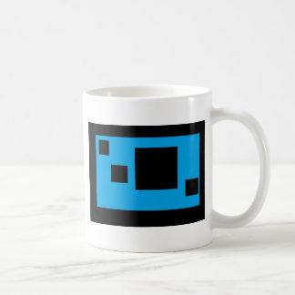 azul brillante con las casillas negras taza clásica