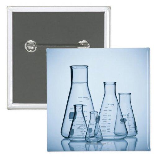 Azul científico de la cristalería pin cuadrado