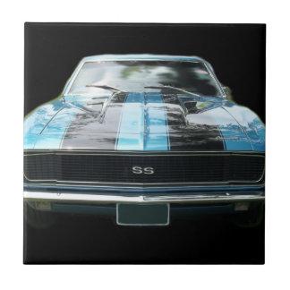 Azul de cielo SS Camaro con las rayas negras Azulejo Cuadrado Pequeño