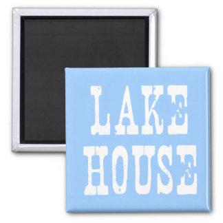 Azul de la casa del lago imán cuadrado