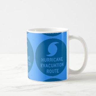 azul de la ruta de la evacuación del huracán taza de café