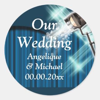 Azul de los pares de la invitación del boda de etiqueta redonda